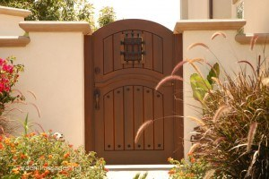 Designer Wood Gates #H3