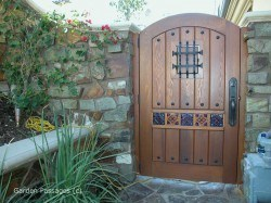 Designer Wood Gates #H10