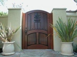 Designer Wood Gates #H1