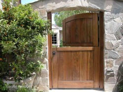 Designer Wood Gates #H16