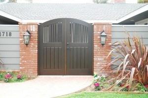 Premium Wood Gates #H38