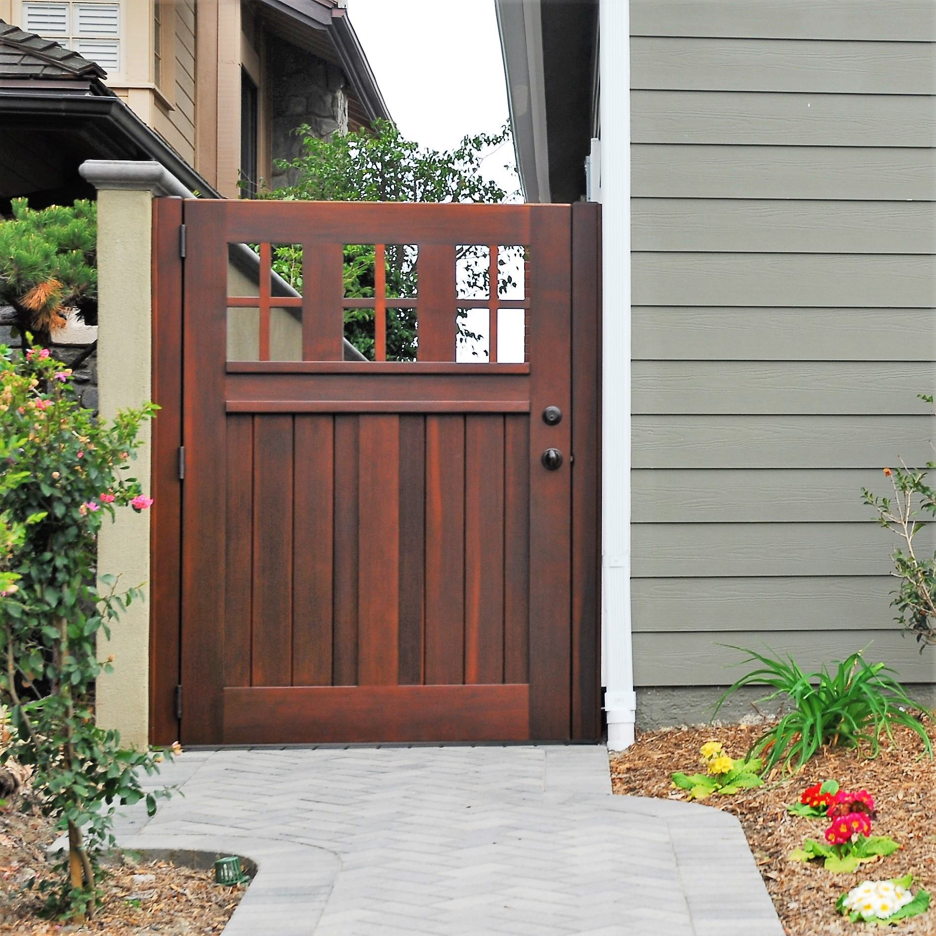 Craftsman wood gate 401