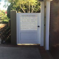 Craftsman Wood Gate #402