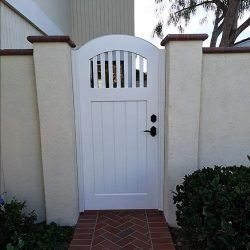 Craftsman Wood Gate #409