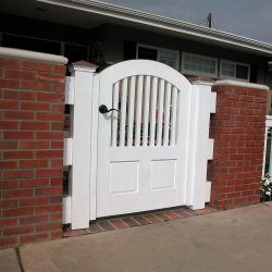 Craftsman Wood Gate #411