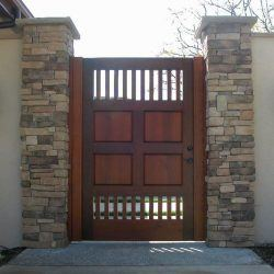 Craftsman Wood Gate #414