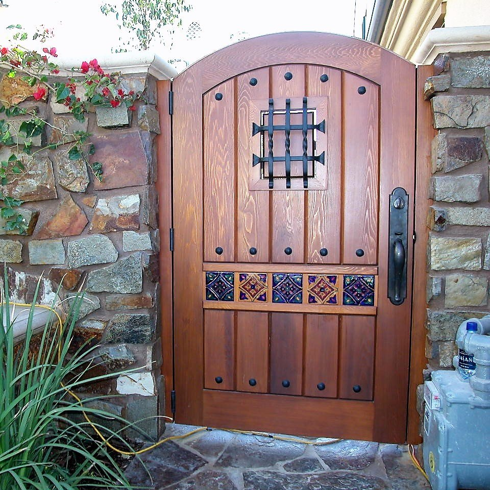 Designer wood gate 602