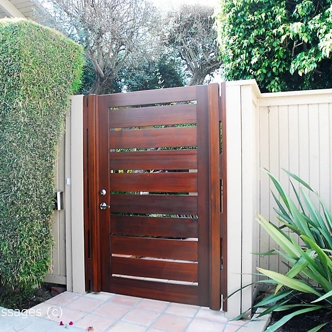 Modern Wood Gate #309 & Premium Wood Gates - Garden Passages