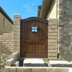 Old World & Tuscan Wood Gate #203