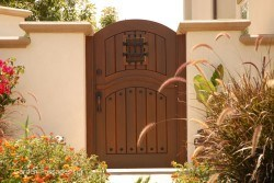 Designer Wood Gates #H3