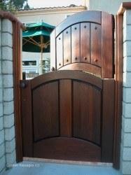 Designer Wood Gates #V10