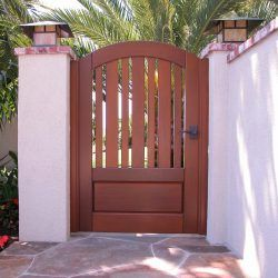 Craftsman Wood Gate #412