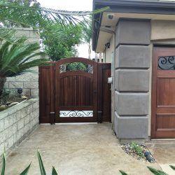 Designer Wood Gate #611