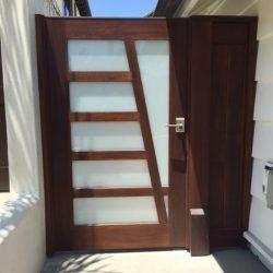 Modern Wood Gate #307