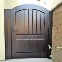 Old World & Tuscan Wood Gate #204
