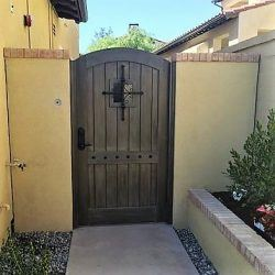 Old World & Tuscan Wood Gate #217